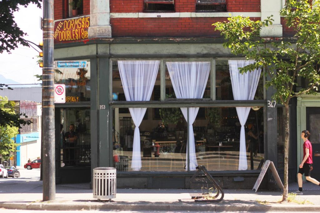 Finch's Tea House