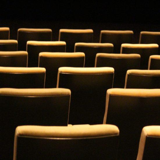 映画天国バンクーバー!毎週火曜日は700円で映画を見よう!