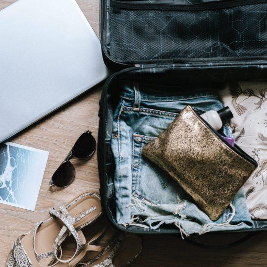 【体験談】海外生活に必須の5つの荷物